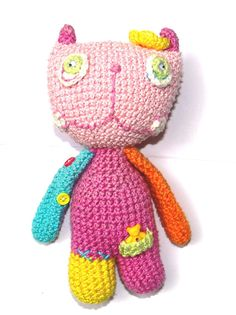Tato figurka je háčkovaná z  příze Catty 100% bavlna  výška figurky je cca 18cm.
