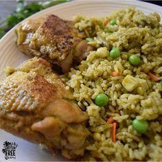 Savory Arroz con Pollo, Peruvian Chicken with Cilantro Rice Peruvian Dishes, Peruvian Cuisine, Peruvian Recipes, Cilantro Rice, Cilantro Chicken, Side Dish Recipes, Dinner Recipes, Dinner Menu, Dinner Ideas