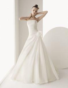 Robe de mariage Luna Novias modèle Gedania