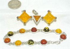 STERLING SILVER 925 Amber LINK BRACELET EARRINGS NECKLACE PENDANT LOT VINTAGE !!                            Seller information  justinsublime (1287  )      100% Positive feedback  Save this seller  See other items     AdChoice  Item condition:--  Time left: 6d 23h (Dec 06, 2012 18:00:50 PST)  Starting bid:US $9.99  [ 0 bids ]