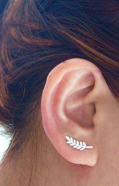 https://jcojewellery.com/ear-climbers/202-leaf-ear-climber.html