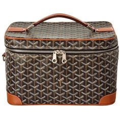 Goyard Pre-Owned Goyard Black Goyardine Canvas Beauty Train Case |... (15735 MAD) ❤ liked on Polyvore featuring bags, handbags, black, preowned handbags, long handbags, canvas handbags, zip top bag and pre owned purses