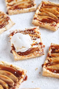 Apple Recipes With Puff Pastry, Easy Puff Pastry Desserts, Puff Pastry Tarts, Puff Pastries, Apple Strudel Puff Pastry, Tomato Tart Puff Pastry, Puff Pastry Sheets, Tart Recipes, Dessert Recipes