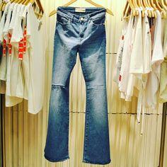 We <3 jeans! Encontrá el tuyo en #PalmasdelPilar #Denim #Jean #Shopping #Mujeres #Moda
