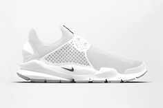 Nike Sock Dart: Triple White