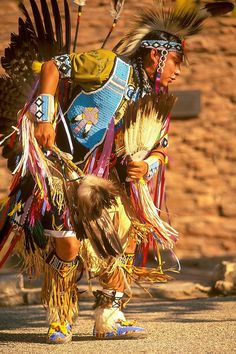 USA: Arizona: Grand Canyon National Park (Coconino County): South Rim/ Grand Canyon Village: A Hopi House Dancer tells the story of his Native American people through his dance, educating and entertaining visitors and tourists from around the world - © Sean Arbabi | seanarbabi.com (all rights reserved worldwide)