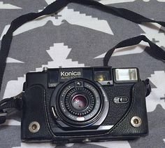 Vintage 1980s Konica C35 AF2 35mm Film Camera in Original Box