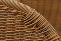 How to Fix the Wicker on the Leg of a Chair