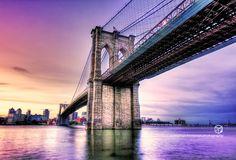 Brooklyn Bridge, Brooklyn, New York (USA)