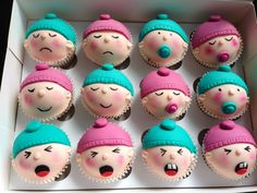 More baby shower cupcakes