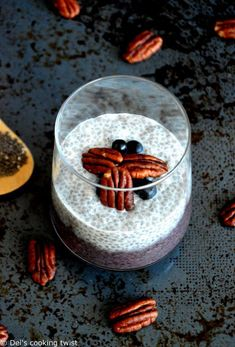 A healthy nutritious breakfast, this acai pecan chia pudding will help you start your day with a good cleanse, as it's loaded with fiber and antioxidants. #NewYear #Resolutions #healthylifestyle #healthybreakfast #chiapudding #acaibowl Vegan Breakfast Recipes, Delicious Vegan Recipes, Nutritious Breakfast, Healthy Recipes, Acai Berry Powder, Vanilla Chia Pudding, Chia Seed Smoothie, Pecan Nuts, Kitchen