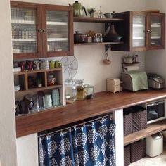 gorgeous 35 Fancy Japanese Kitchen Style Decoration Ideas That You Need To Try Cafe Interior, Interior Design Kitchen, Kitchen Decor, Kitchen Ideas, Japanese Kitchen, Asian Kitchen, Home Kitchens, Kitchen Remodel, Sweet Home