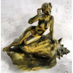 www.iarremate.com.br Leilão Valdir Teixeira dia 7 de outubro as 20hs! Emanuele Villanis (1880-1920) - porta-cartões francês, em bronze, na forma de caramujo, encimado com figura de nú feminino. Med. 20x22x15cm. Artista catalogado no AKOUN, ADEC, Mayer, e Berman. #arte #antiguidade #bronze #decoração #arquitetura #francês #casacor #casacor2013