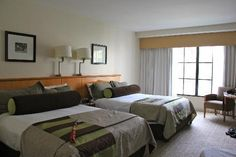 deluxe queen room at hard rock hotel orlando | Vanity area in room - Picture of Hard Rock Hotel at Universal Orlando ...