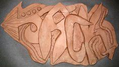 Clay Graffiti!!! Pottery Sculpture, Sculpture Clay, Ceramics Projects, Clay Projects, High School Ceramics, Sculpture Lessons, Kids Clay, 6th Grade Art, 3d Studio