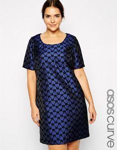 ASOS Curve Exclusive - vestido de jacquard direito com corações impressos