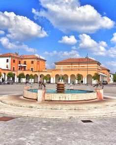 An ornamental fountain  in the middle of the Piazza della Repubblica in Tresigallo worth visiting to see the famous surviving fascist architecture. The piazza itself is formed as a D in honour of Il Duce.  #italy #emiliaromagna #fascistarchitecture
