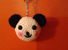 Panda a crochet para llavero