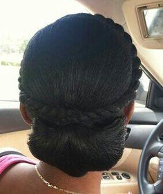 Superbe coiffure à réaliser pour une soirée spéciale ou un mariage…