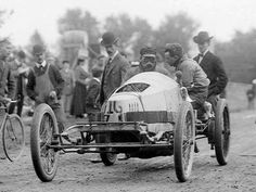 Packard Model K-S-Gray Wolf 1903-Record 125.05 KM-H. On January 2, 1904, Charles Schmidt drove the lightning-quick Packard Gray Wolf, at 1,430 pounds, to a new five-mile record of 4:21.6 minutes, in the medium weight category. (thanks to www.conceptcarz.com)