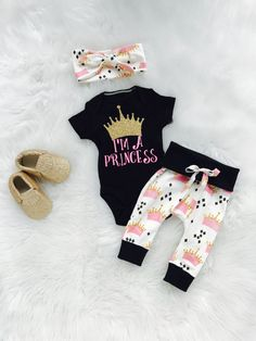 newborn girl/coming home outfit.princess onesie/pink outift/baby girl by bibitibobitiboutique on Etsy