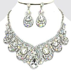 Vintage Style Fabulous SILVER & CLEAR AB Rhinestone Costume Necklace/Earring Set
