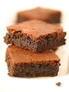 Made-Over Deep Dish Brownies Recipe : Food Network Kitchen : Food Network - FoodNetwork.com