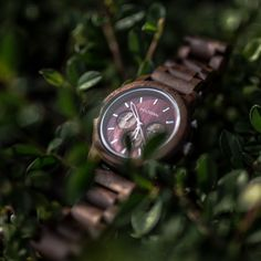 "Our model ""Foxgrape"" Holzkern - handmade wood watches - stone watches - walnut - burgundy Easter Presents, Watch Model, Wood Watch, Grape Vines, Easter Eggs, Burgundy, Watches, Stone, Tips"