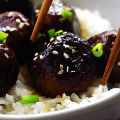 These Vegan Teriyaki Meatballs have the perfect texture and taste divine! These Vegan Teriyaki Meatballs have the perfect texture and taste divine! They are incredibly easy to make, coated in a homemade sweet and sticky teri. Vegan Meatballs, Teriyaki Meatballs, Parmesan Meatballs, Vegan Foods, Vegan Dishes, Kitchen Recipes, Cooking Recipes, Vegan Recipes Videos, Pork Recipes