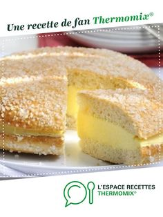 Tarte Tropézienne by A fan recipe to find in the category Breads & pastries on www.espace-recett …, from Thermomix®. Dog Recipes, Sweet Recipes, Cake Recipes, Cooking Recipes, Dessert Thermomix, Cat Cake Topper, Food Cakes, Christmas Desserts, Dessert