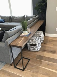 DIY Sofa Tisch - Brooklyn Nicole Homes Wohnkultur . - DIY Sofa Table – Brooklyn Nicole Homes Home decor – home decor diy DIY Sofa Tis - Diy Sofa Table, Sofa Tables, Long Sofa Table, Coffee Table Ottoman, Sofa Table Design, Modern Sofa Table, Diy Table Legs, Dining Sofa, Diy End Tables