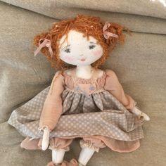 Annette toute guillerette...(35cm) - Le Jardin des Farfalous