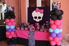 Party Lab Miami I's Birthday / Monster High - Photo Gallery at Catch My Party Monster Party, Monster High Birthday, 9th Birthday Parties, 7th Birthday, Birthday Ideas, Cumple Monster High, Hawaian Party, Party Time, Decoration