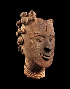Memorial head of Nana Attabra Date: 18th century Geography: Ghana, Aowin traditional area, Nkwanta Culture: Akan peoples Medium: Terracotta Dimensions: H. x W.: 9 7/8 x 5 3/4 in. (25 x 14.5 cm)