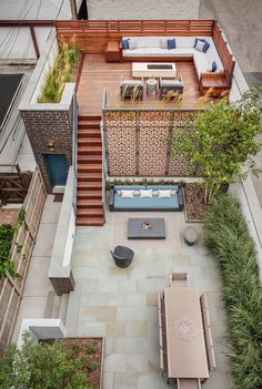 Interior Designer Portfolio by Mia Rao Design - Dering Hall Urban Outdoor Retreat Multilevel outdoor entertaining space for a city home Modern Rooftop Terrace Patio Architectural Detail by Mia Rao Design Small Outdoor Patios, Small Patio, Outdoor Spaces, Small Decks, Outdoor Bars, Small Terrace, Small Pergola, Outdoor Living, Pergola Patio