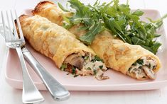 cut out & keep - sweet & savoury crepes - chicken & mushroom crepes Baked Chicken And Mushrooms, Mushroom Chicken, Stuffed Mushrooms, Savory Bread Puddings, Savory Crepes, Dinner Crepes, Bed Recipe, Kale Pizza, Crepe Recipes