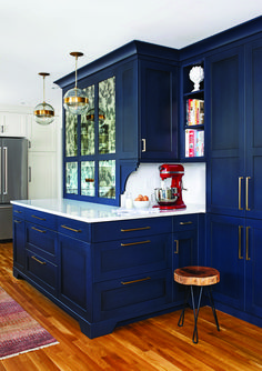 Contemporary kitchen does not hesitate to add cool tones in the cabinetry finish offering a retreat-like feel. : Contemporary kitchen does not hesitate to add cool tones in the cabinetry finish offering a retreat-like feel. Home Decor Kitchen, Kitchen Interior, Home Kitchens, Design Kitchen, Interior Livingroom, Black Kitchens, Home Renovation, Home Remodeling, Kitchen Remodeling