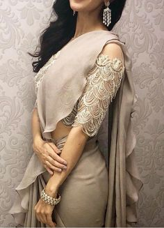 Looking for blouse designs photos? Here are our picks of 30 trending saree blouse models that will blow your mind. Blouse Back Neck Designs, Saree Blouse Designs, Indian Designer Outfits, Fashion Designer, Indian Attire, Indian Wear, Indian Dresses, Indian Outfits, Indian Saris