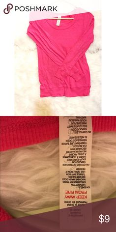 Forever 21 long sleeve shirt 100% cotton, worn gently.❤️Don't forget to BUNDLE to avoid paying SHIPPING multiple times, and also get 10% seller discount (on 3 or more items)!!❤️❤️❤️ Forever 21 Tops Tees - Long Sleeve