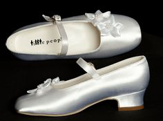 New 2013 - Girls Holy Communion Shoes - White Satin with Diamontes - Little People 4864 First Communion Shoes, Communion Dresses, Catholic Sacraments, Dress Shoes, Dance Shoes, Shoes 2015, Satin Flowers, Christening Gifts, White Satin