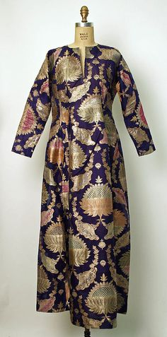 Robe, late 19th - early 20th c., Middle Eastern, silk, metallic