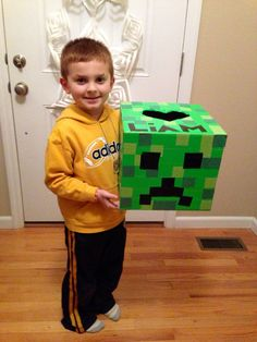 Minecraft creeper valentines box