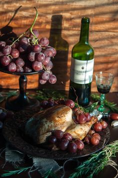 Tea roasted chicken with grapes and rosemary | Gourmantine
