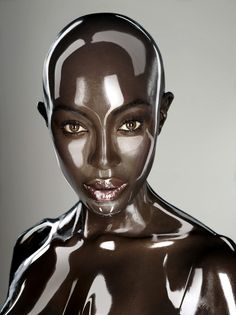 Supermodel Naomi Campbell goes for a futuristic look in her photo shoot for the issue of Soon International magazine.Contrary to how it may look, photographer Seb Janiak says Naomi's shiny loo… Naomi Campbell, Black Is Beautiful, Portrait Photography, Fashion Photography, Indoor Photography, Colour Photography, Makeup Photography, Abstract Photography, Editorial Photography