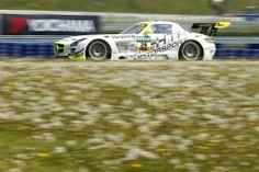 ADAC GT Masters: Buhk/Götz gewinnen auf Mercedes SLS AMG