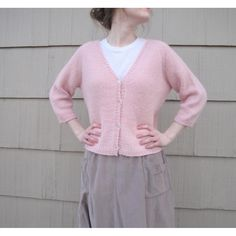 Practical Cardigan - a comfy and slightly oversized raglan sleeve cardigan easy to knit and wear
