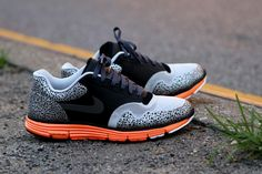 Nike Lunar Safari Hyperfuse+ Black/Total-Orange