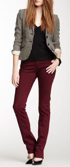 Business casual work outfit: houndstooth blazer, black tee, red skinnies. I'd wear with black oxfords.