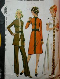 Vintage Sewing Pattern 1970s Misses Dress by BluetreeSewingStudio, $6.00