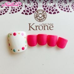 Cute Nail Art Ideas to Try - Nailschick Pretty Toe Nails, Pretty Nail Art, Love Nails, Cute Pedicure Designs, Toe Nail Designs, Feet Nail Design, Polka Dot Nails, Polka Dots, Manicure Y Pedicure
